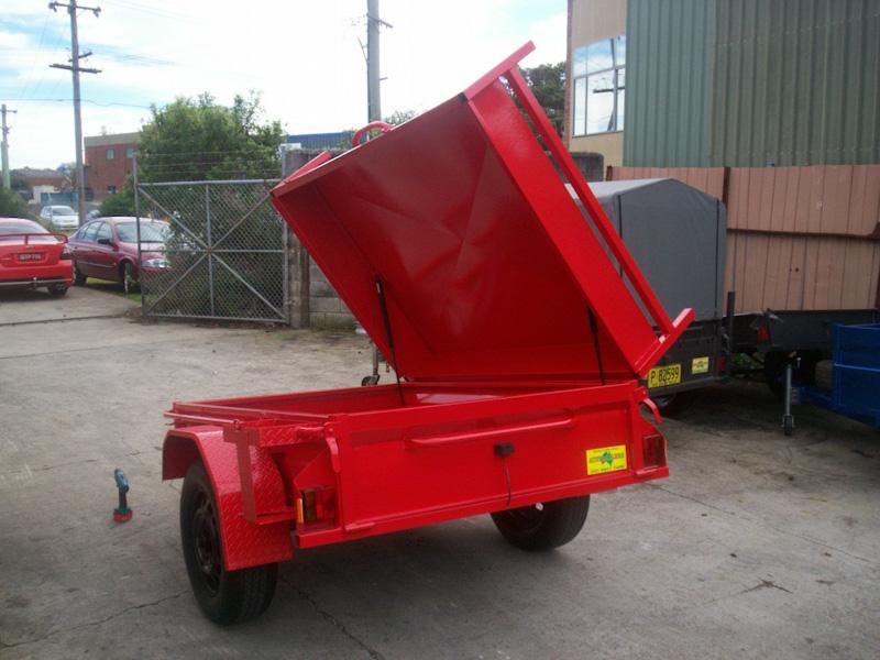 CL011-side-hinge-lid-with-gas-struts--racks-2-large