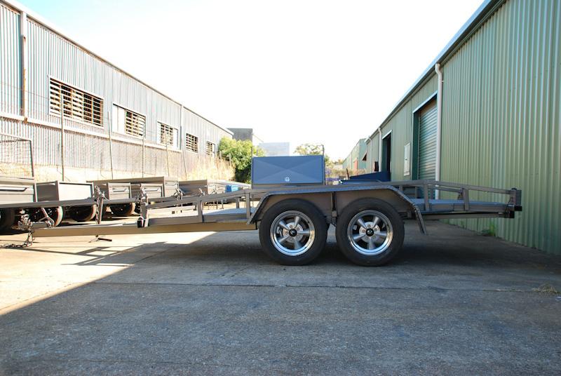CL084-car-trailer-large
