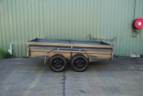 heavy duty tandem trailer with high sides