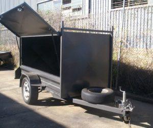 CL065-square-tradesman-trailer-large (1)