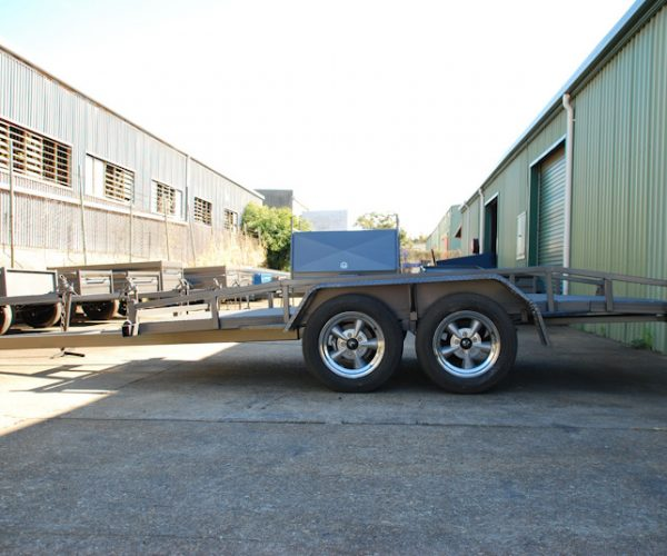 CL084-car-trailer-large